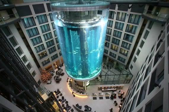 Nothing found for a berlino la spettacolare torre acquario for Hotel berlino design