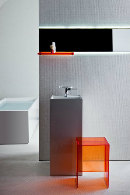 il bagno che verr kartell by laufen. Black Bedroom Furniture Sets. Home Design Ideas