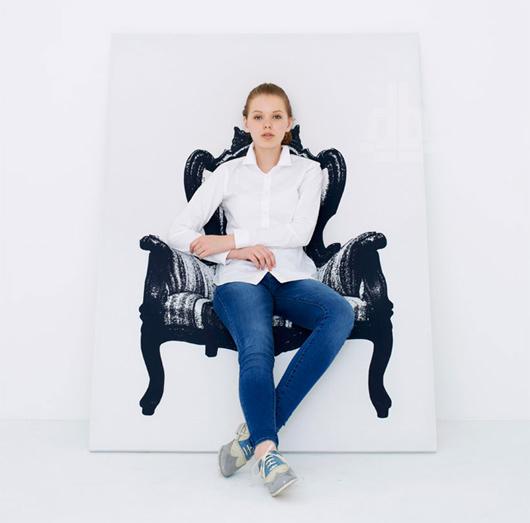 Con i mobili bidimensionali di Yoy puoi sederti in un quadro