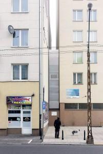 Keret house a varsavia la casa pi stretta al mondo for Piani di casa molto stretta