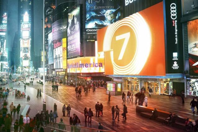 """Times Square cambia aspetto: ecco il progetto di Snøhetta che trasformerà il """"Crocevia del Mondo"""""""