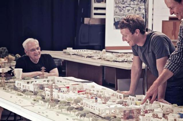 Facebook compie 10 anni e festeggia con un nuovo quartier generale