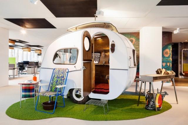 Il nuovo Ufficio Google ad Amsterdam: quando la cultura garage incontra l'orgoglio olandese