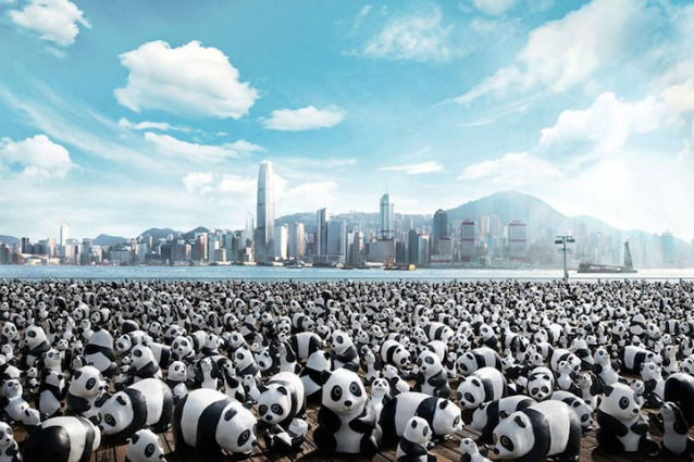 1600 panda di cartapesta invadono Hong Kong