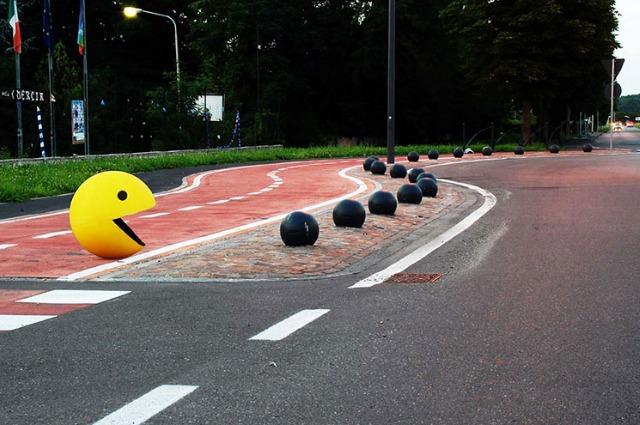 La street art di Fra.Biancoshock, l'artista che non esiste