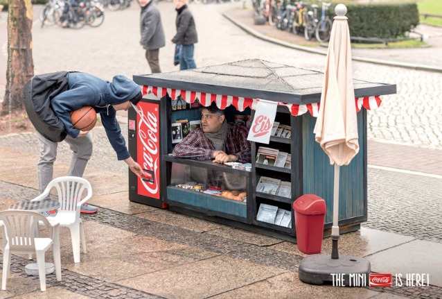 Il mini-chiosco CocaCola che ha conquistato la Germania