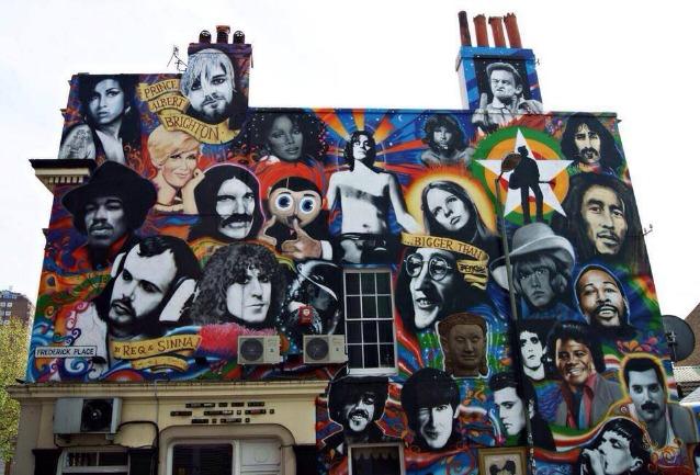 Wonderwall: a Napoli il paradiso di ogni street artist