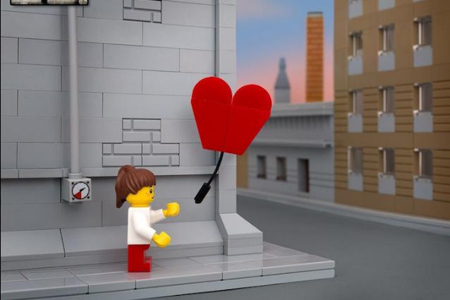 Banksy diventa un LEGO