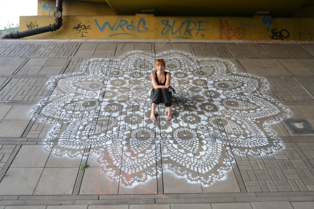 Gioielli urbani: la street art di NeSpoon
