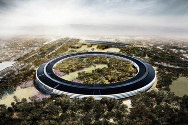 Cupertino, il nuovo Campus Apple visto dal drone (VIDEO)