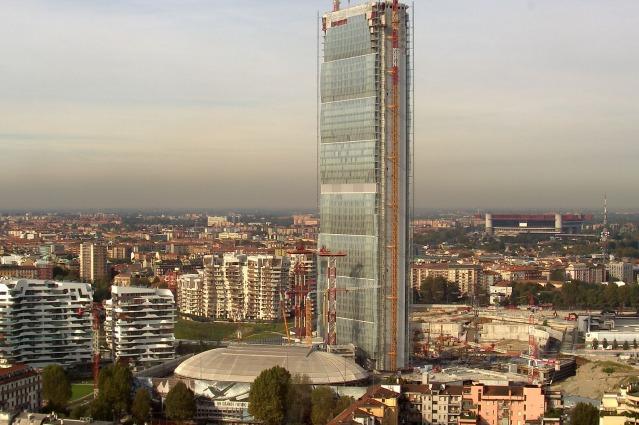 Milano, la Torre Isozaki è il grattacielo più alto d'Italia