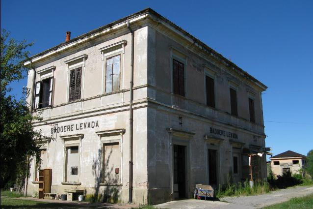 Piccole stazioni in comodato gratuito l 39 opportunit del for Cambio destinazione d uso sblocca italia