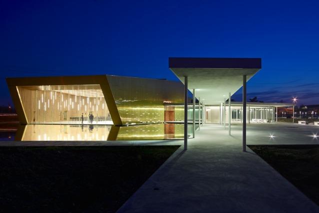 Milano, inaugura il più grande centro di culto buddista d'Europa
