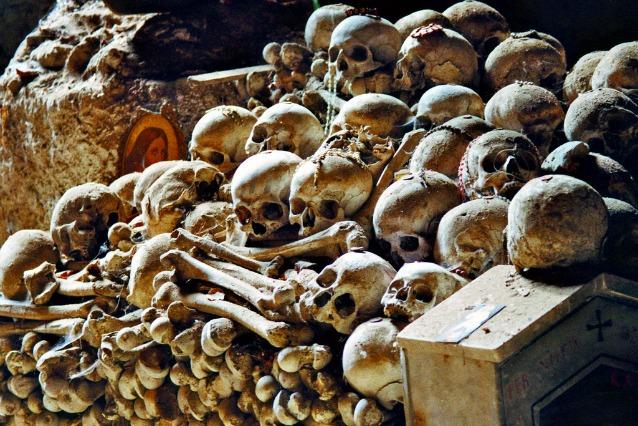 Aspettando Halloween: i 10 cimiteri più inquietanti d'Italia