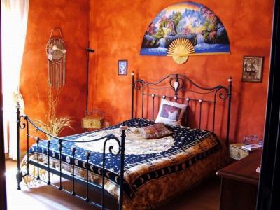 Arredamento, pittura o carta da parati: ecco come vestire le pareti domestiche