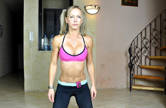 Zuzana Light star del fitness su Youtube: era un'attrice a luci rosse