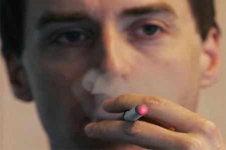 Respirare fumo passivo sviluppa il rischio di demenza