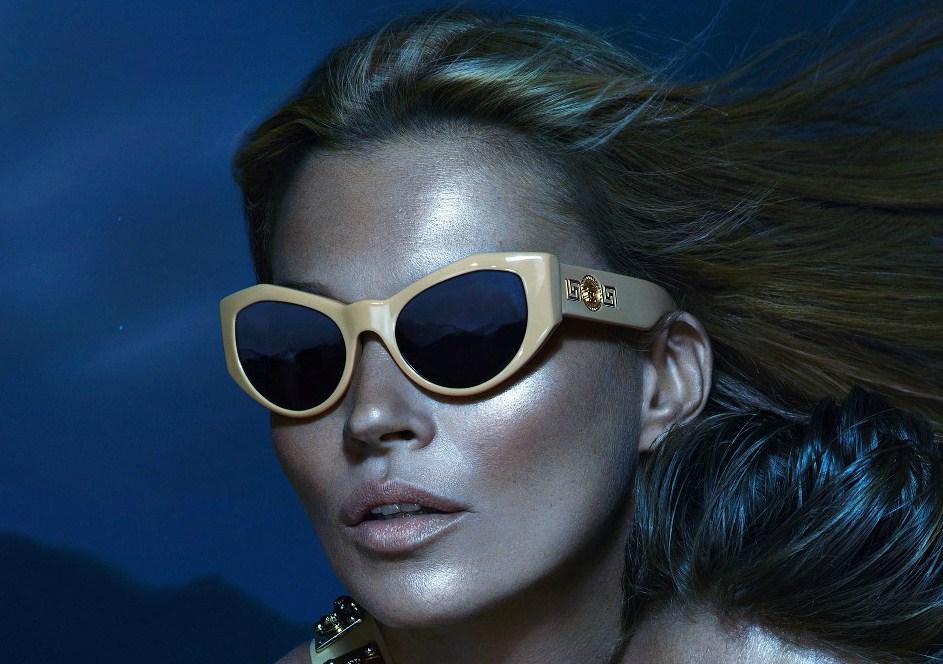 Versace lancia Signature, la nuova linea di occhiali iconici