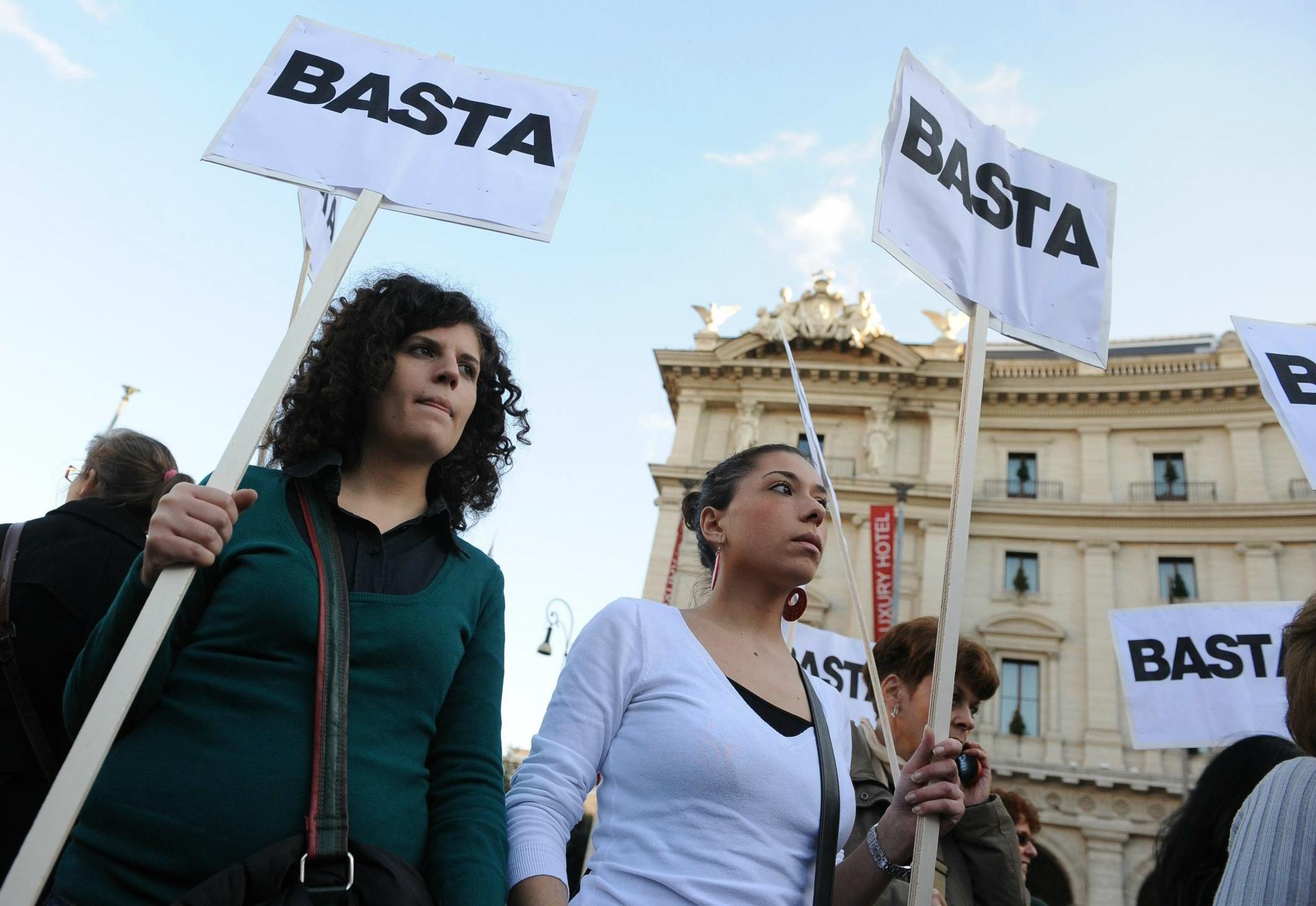 """Accuse contro il Tribunale di Milano: """"I giudici tendono ad archiviare le denunce delle donne maltrattate"""""""