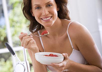 Dieta: colazione e pranzo abbondanti fanno perdere peso