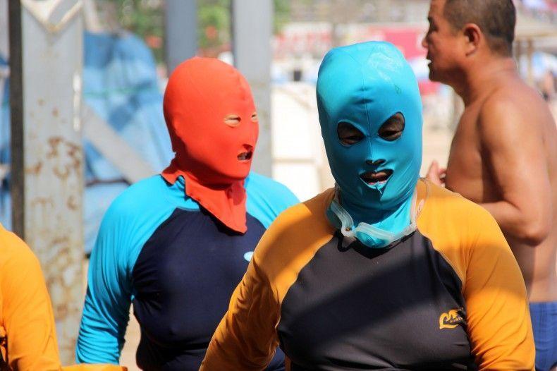 In Cina il bagno si fa in maschera (FOTO)