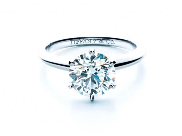 Tiffany&Co, dirigente ruba 1 milione di dollari in gioielli