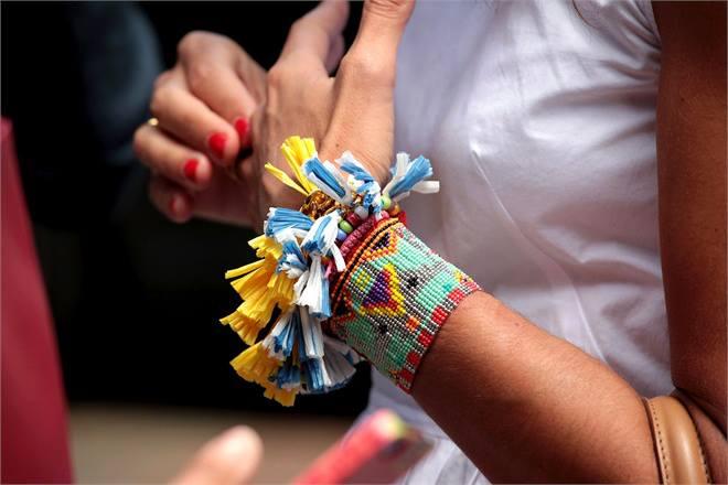 I braccialetti di tendenza per l'estate