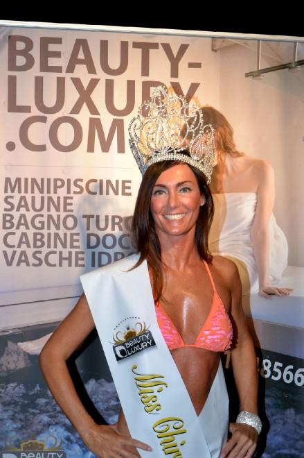 Samanta Asquini è Miss Chirurgia Estetica 2013