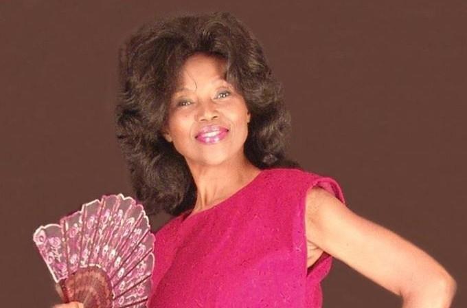 Annette Larkins ha 71 anni ma ne dimostra 40. Ecco il suo segreto