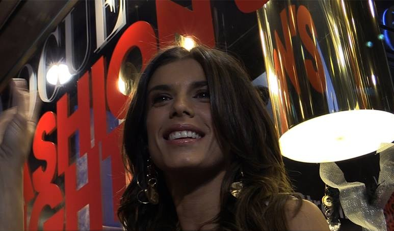 Elisabetta Canalis racconta il suo stile (VIDEO)