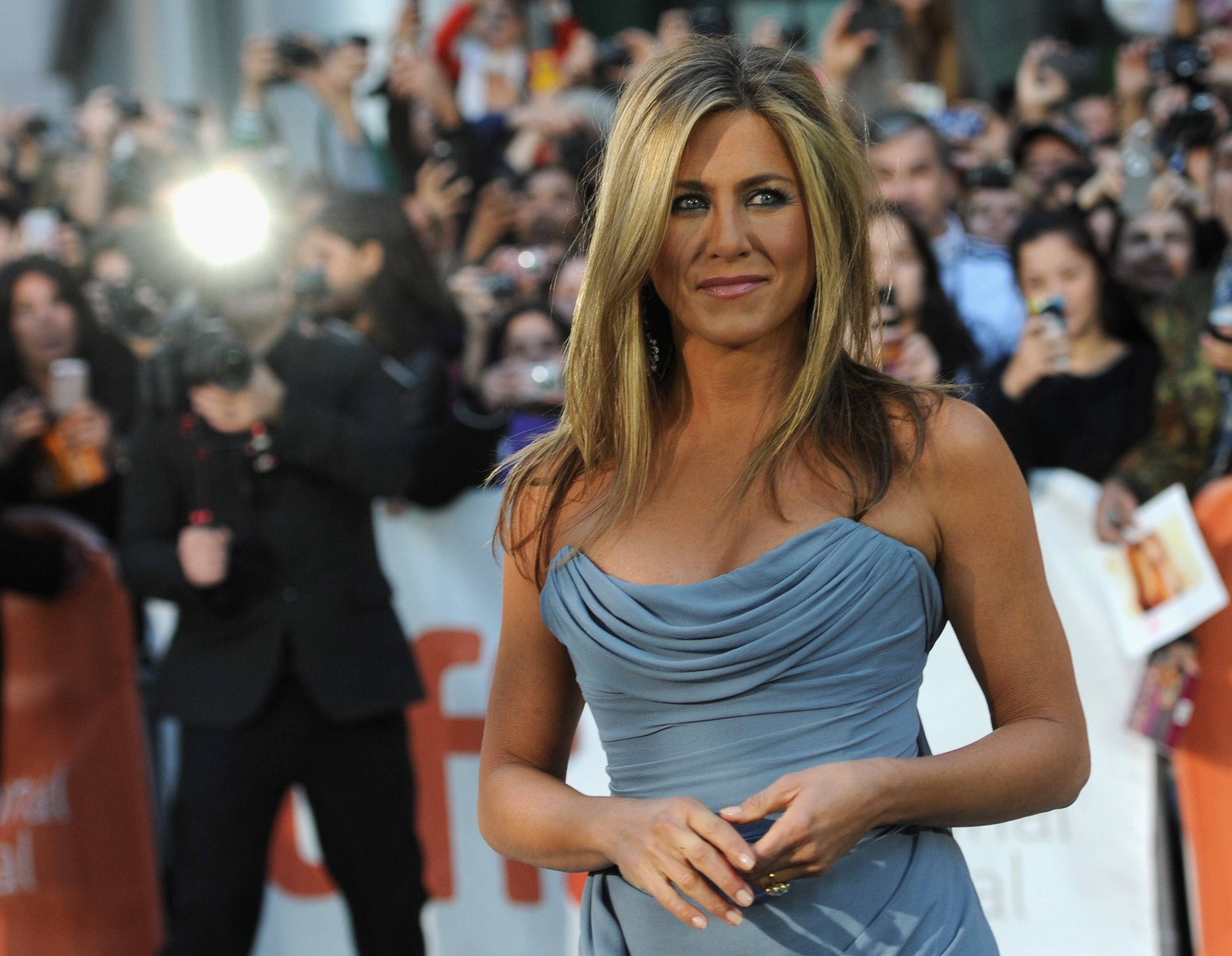 Il segreto di Jennifer Aniston per restare in forma? Le pillole di placenta (VIDEO)
