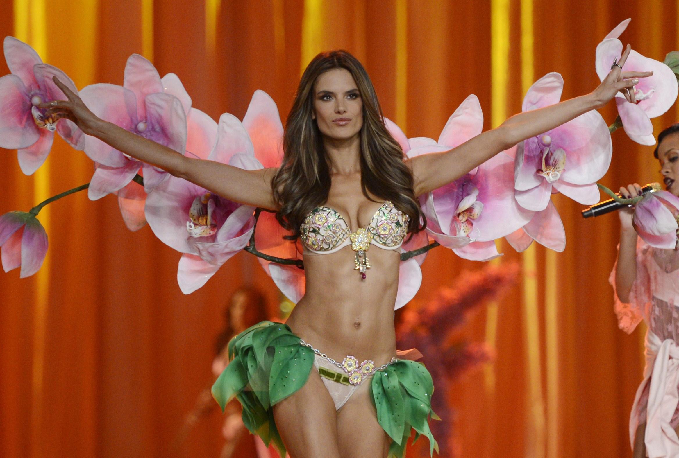 Le terrificanti selezioni per diventare un angelo di Victoria's Secret