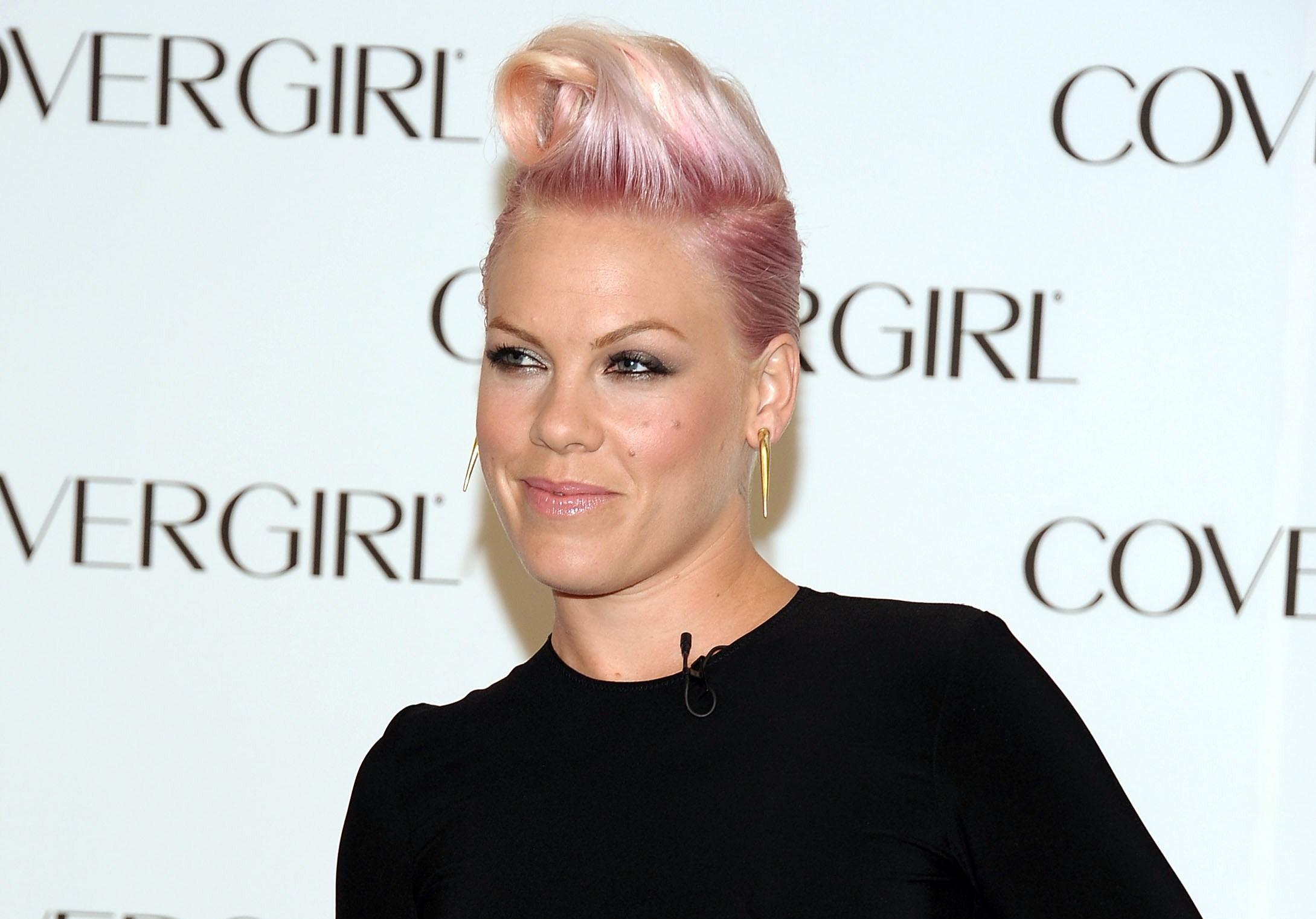 Pink è la donna dell'anno secondo Billboard (VIDEO)