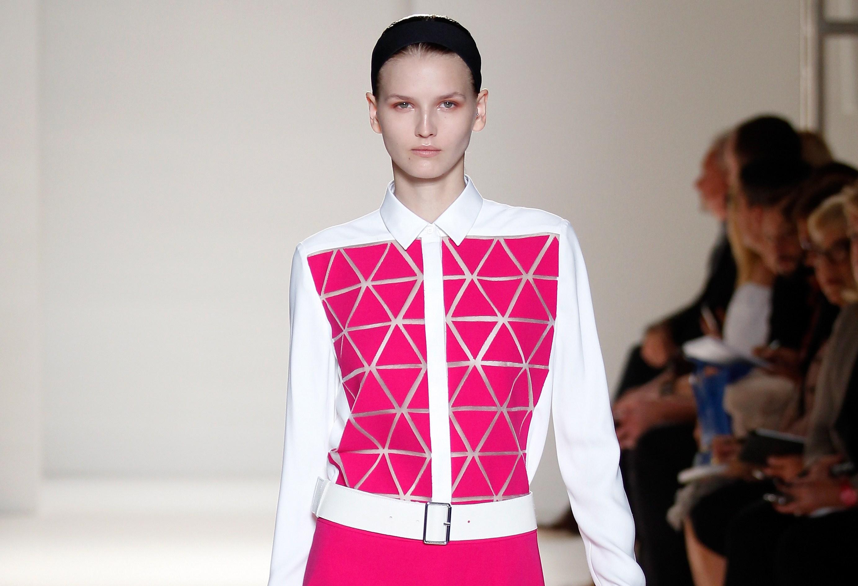Victoria Beckham: a New York arriva lo stile minimal dell'ex Spice (FOTO)