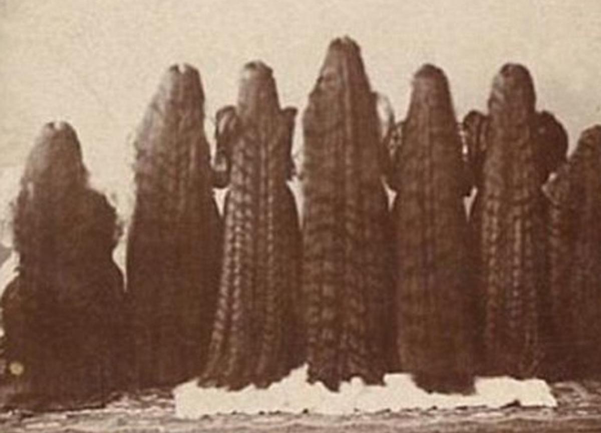 7 sorelle come Rapunzel, l'incredibile storia del loro prodotto per capelli (FOTO)