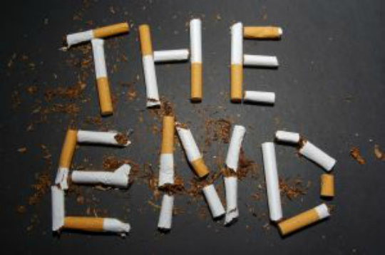I single sono salutisti e dicono no alla sigaretta