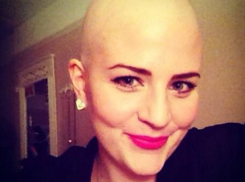 Glamour anche con la chemio. Lo dimostra Laura sul suo blog (FOTO)