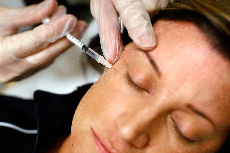 Meno bisturi e più benessere con la chirurgia estetica mini invasiva