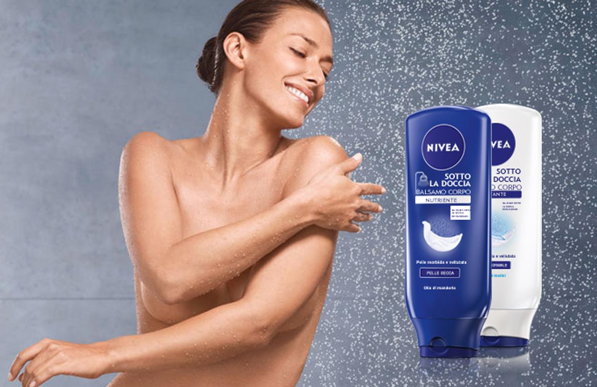 I prodotti Nivea per la cura del corpo sotto la doccia