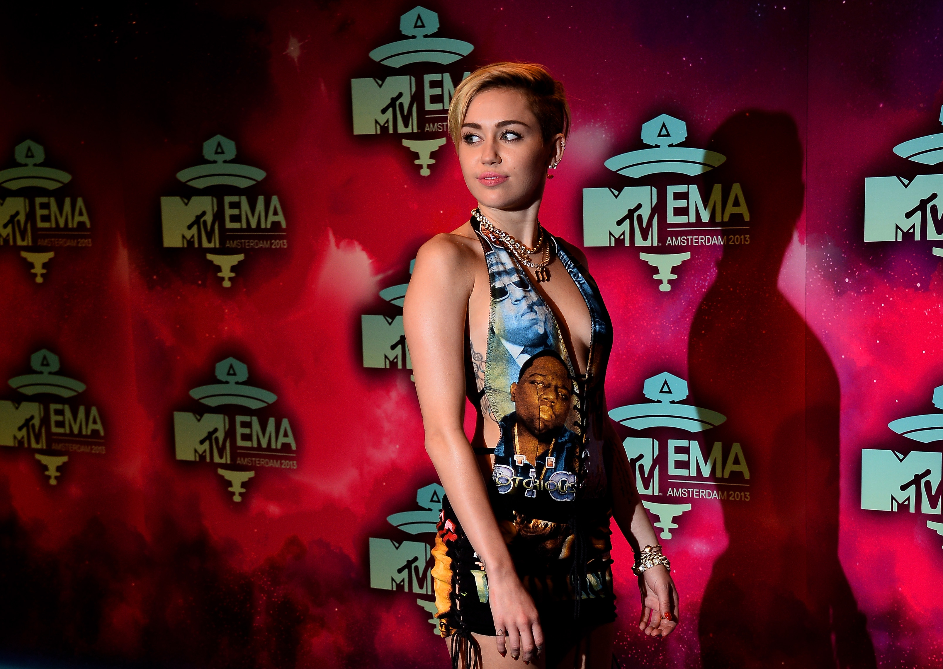 MTV EMA 2013: i look delle star sul red carpet (FOTO)