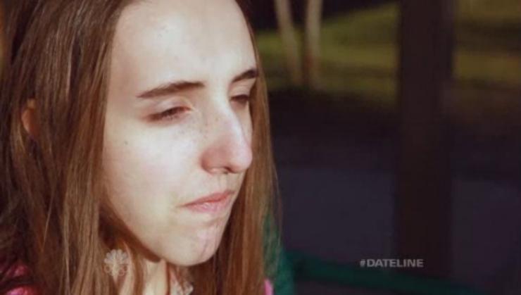 Non esce di casa per tre anni a causa del suo naso. Una fondazione benefica le paga l'intervento chirurgico