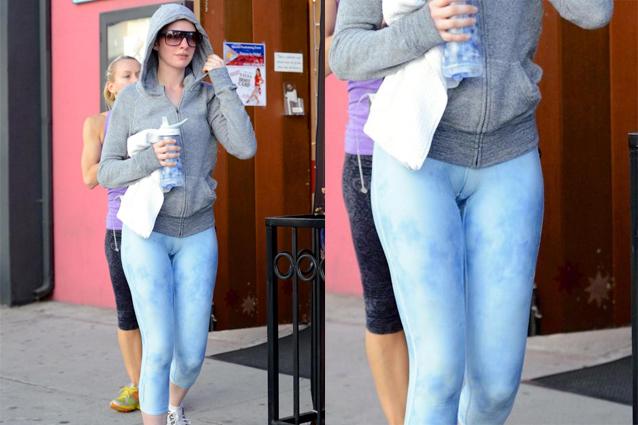Cosa combini Anne? La Hathaway mostra troppo di sé con un leggings aderente (FOTO)