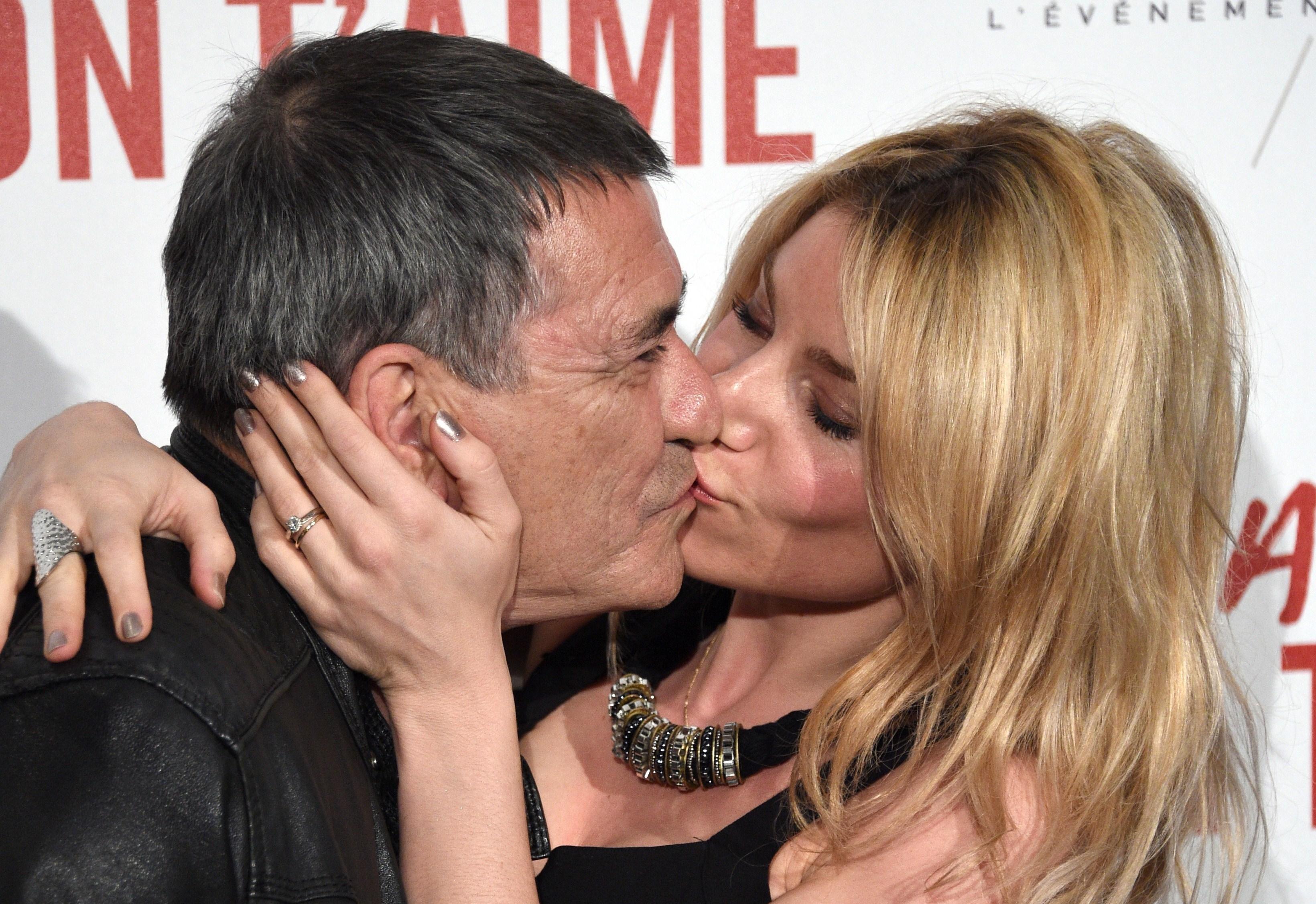 Perchè le coppie che stanno insieme da molti anni si baciano meno?