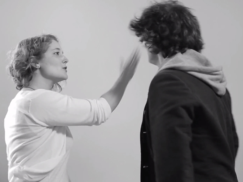 """""""Lasciarsi per la prima volta"""", ecco cosa succede quando finisce una relazione (VIDEO)"""