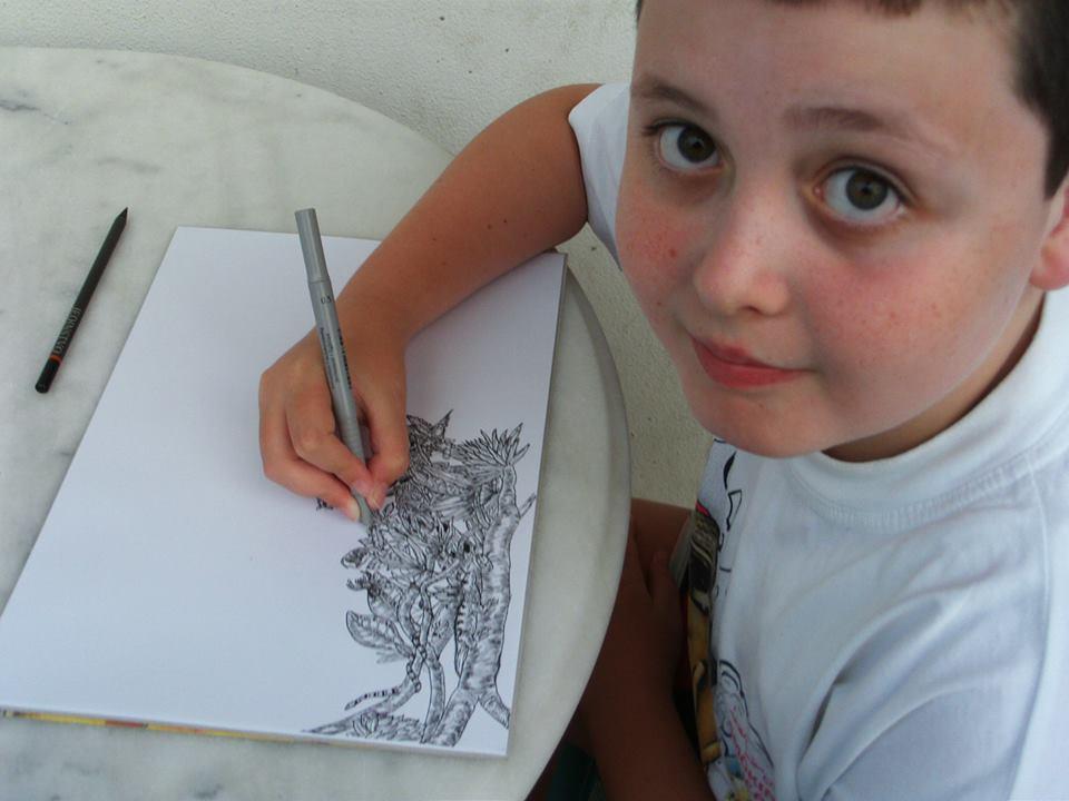 Il bambino prodigio che a 11 anni disegna come un artista (FOTO)
