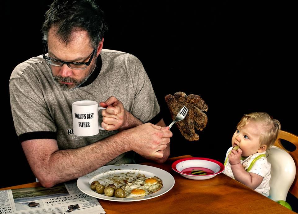 Il peggior padre del mondo: le esilaranti foto di un uomo e di sua figlia