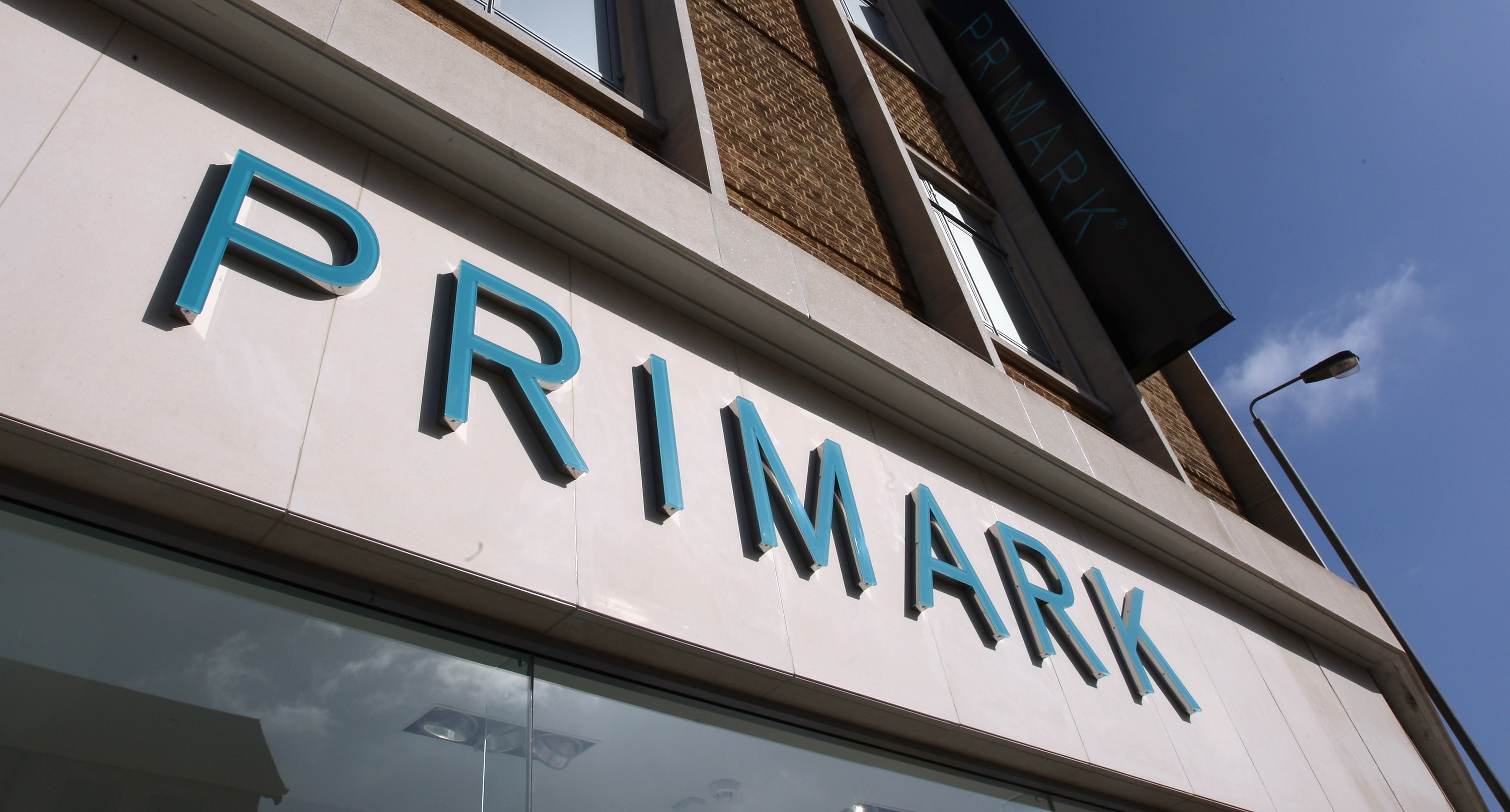 Primark, arriva in Italia la catena di negozi low cost