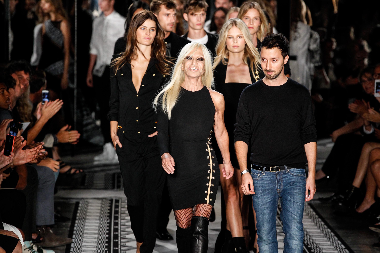Versace ritorna a New York con la nuova collezione P/E 15 di Versus (FOTO)