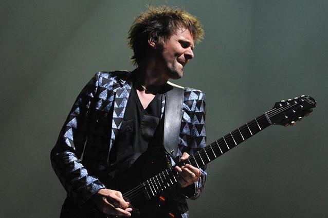 """I Muse attaccano l'Italia: """"Abbiamo pagato tangenti per esibirci"""""""