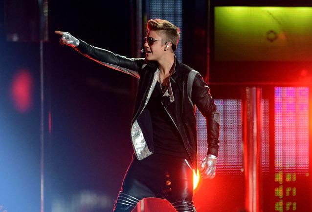 Torturato perché aveva venduto biglietti falsi per il concerto di Justin Bieber